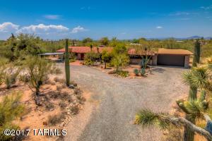 2560 E Camino Juan Paisano, Tucson, AZ 85718