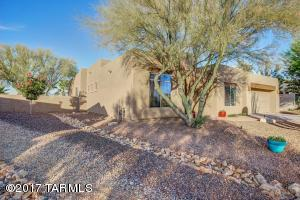 11940 N Whispering Ridge Drive, Oro Valley, AZ 85737