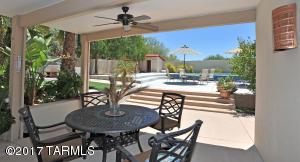 6766 N La Canada Drive, Tucson, AZ 85704