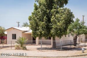102 W Palmdale Street, Tucson, AZ 85714