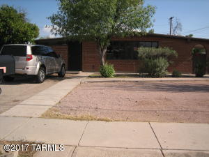 4904 E Lee, Tucson, AZ 85712