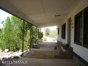5820 N Chaparral Road, Tucson, AZ 85743
