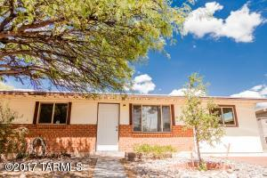 6613 E Calle Dened, Tucson, AZ 85710