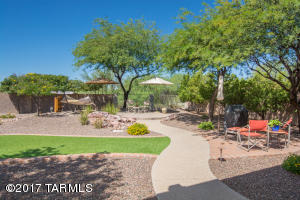 Park-Like Setting In Your Backyard w/View of Golf Course