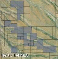 3 W Hawk Way, Green Valley, AZ 85614