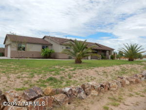 3224 W Covenant Lane, Benson, AZ 85602
