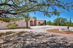 3900 N Smokey Topaz Lane, Tucson, AZ 85749