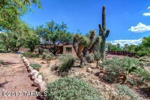 3580 E Lizard Rock Place, Tucson, AZ 85718