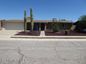 8037 E Manitoba Street, Tucson, AZ 85730