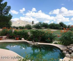 Enjoy Mountain & Golf Course views