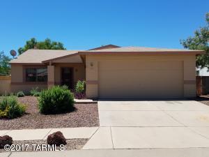 1717 W Chardonnay Drive, Tucson, AZ 85746