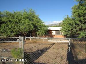 15580 N Twin Lakes Drive, Tucson, AZ 85739