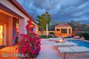 6541 N Mesa View Drive, Tucson, AZ 85718
