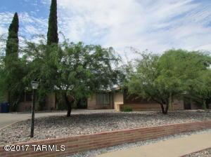 8548 E Beverly Street, Tucson, AZ 85710