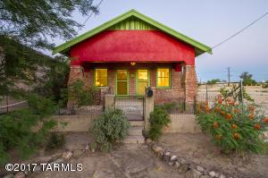 1021 S 8th Avenue, Tucson, AZ 85701