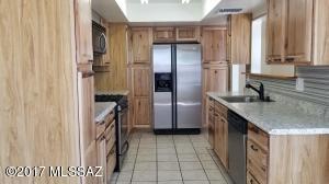 3690 S Giovanna Drive, Tucson, AZ 85730