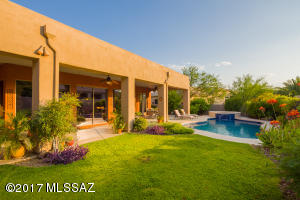 13811 N Javelina Springs Place, Oro Valley, AZ 85755