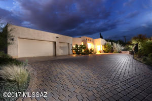 3737 N Camino Sinuoso, Tucson, AZ 85718