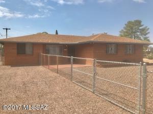 6420 E Calle Luna, Tucson, AZ 85710