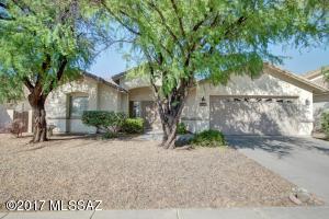 12837 N Pioneer Way, Oro Valley, AZ 85737