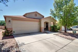 9910 E Deer Trail, Tucson, AZ 85748
