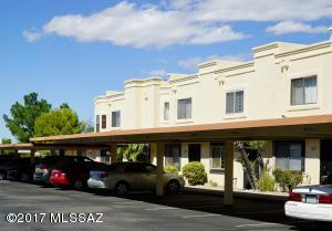 10119 E Arizmo Street, Tucson, AZ 85748