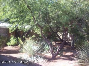 5122 E 6th Street, Tucson, AZ 85711