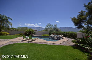 12590 N Piping Rock Road, Oro Valley, AZ 85755