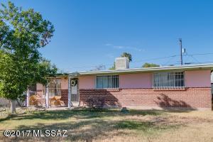 6965 E Calle Neptuno, Tucson, AZ 85710