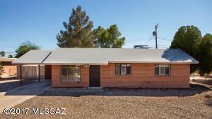 6334 E Calle Dened, Tucson, AZ 85710