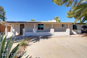 8731 E Burning Tree Drive, Tucson, AZ 85710