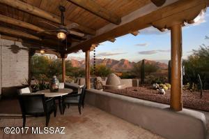 662 W Silver Eagle Court, Oro Valley, AZ 85755