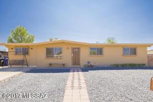 8558 E Ruby Drive, Tucson, AZ 85730
