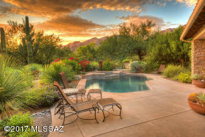 7166 E Desert Moon Loop, Tucson, AZ 85750