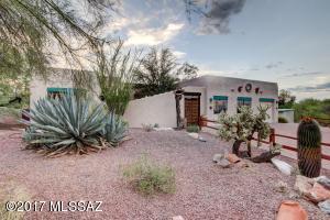 4825 N Desert Tortoise Place, Tucson, AZ 85745