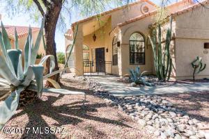 6095 N Black Bear Loop, Tucson, AZ 85750