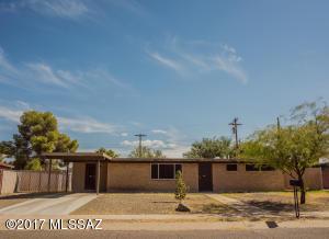 7217 E Eastview Drive, Tucson, AZ 85710