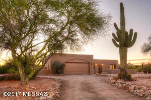 5651 N Paseo Niquel, Tucson, AZ 85718