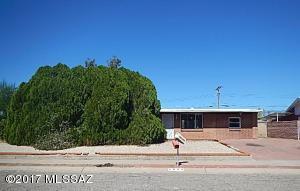 6669 E Calle Dened, Tucson, AZ 85710
