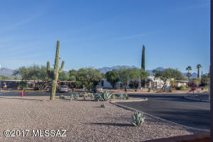 278 N Calle Del Diablo, Green Valley, AZ 85614