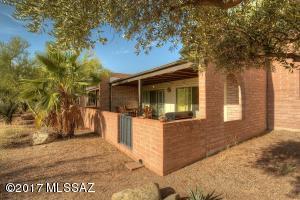 5484 N Arroyo Grande Drive, Tucson, AZ 85718
