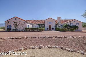 3411 W Calle Tres, Green Valley, AZ 85622