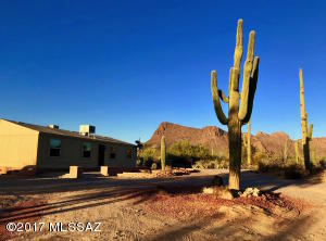 10020 W Rocky Desert Trail, Tucson, AZ 85743