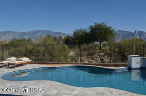 13504 N Silver Cassia Place, Oro Valley, AZ 85755