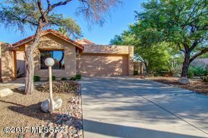 321 E Highcourte Lane, Oro Valley, AZ 85737