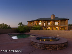 Fine Luxury Home in Rocking K Ranch Estates!