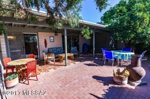44 E Mediterranean Drive, Tucson, AZ 85704