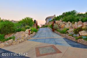 5153 W Saguaro Cliffs Drive, Tucson, AZ 85745