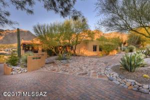 2691 E Calle Sin Pecado, Tucson, AZ 85718