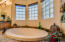 Master Suite Soaking Tub
